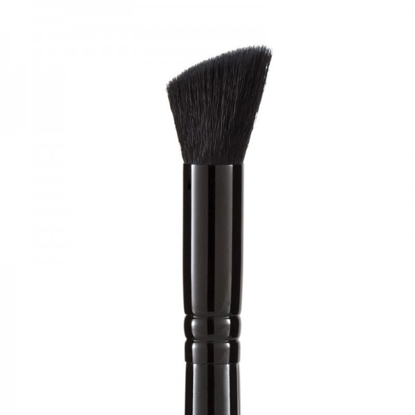 MUA Pro Small Angled Contour Buffer Brush - F18