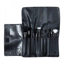 MUA Brush Roll